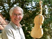 Master Luthier Wolf-Dieter Fischer